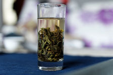 Shen Tai Cha infused glass of water
