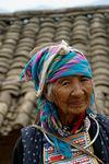 Vieille femme Lahu non loin de Bing Dao