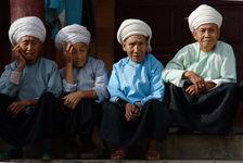 Femmes agées Bulang à Shuangjiang