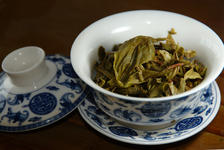 Infused leaves the square Banzhang Lao Sheng Chen 2010