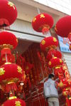 Shop New Year decorations in Yunnan