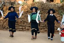 Dance Bulang in a village in Lincang