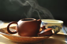 tea in a teapot Copyright Sébastien Vacuithé